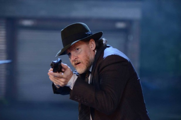 Donal Logue as Detective Harvey Bullock.