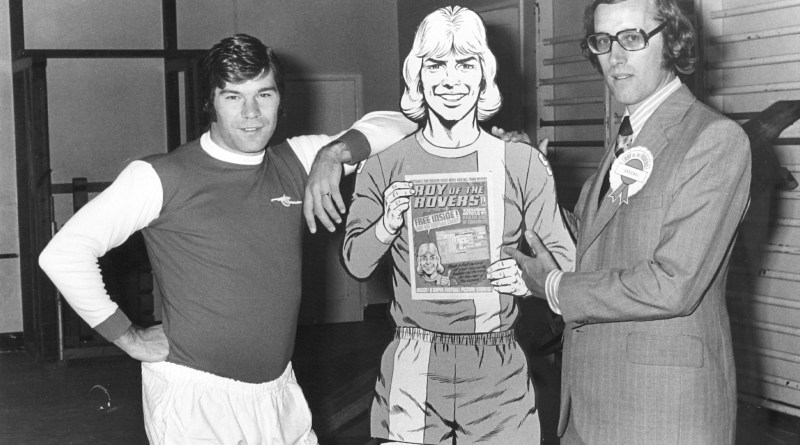 Arsenal striker Malcolm Macdonald, Roy and Barrie Tomlinson