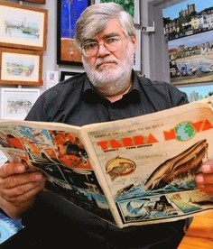 Editor Gerald O'Donnell with a copy of Terra Nova - From Kent Live, October 2012