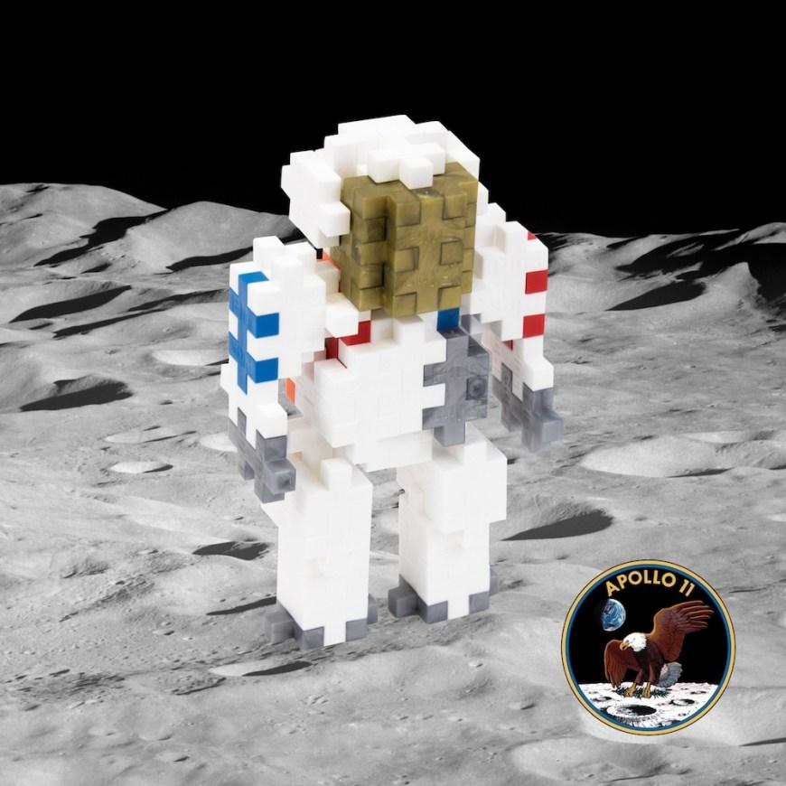 Plus-Plus Astronaut