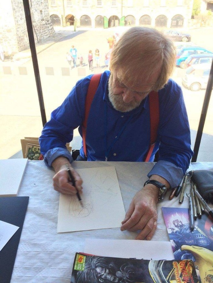 The late, much-missed Carlos Ezquerra at a previous Enniskillen ComicFest. Image via Enniskillen ComicFest