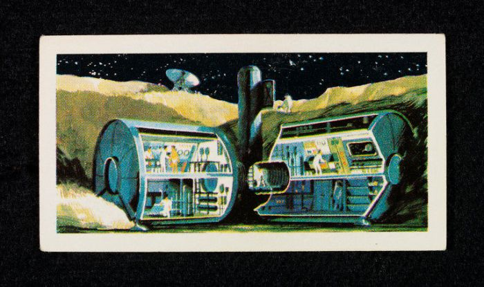 Race into Space Brooke Bond Card - Lunar Colony
