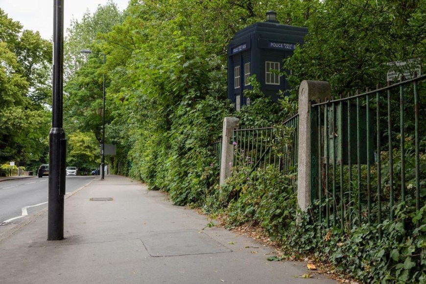 Paul Dykes Ghost Monument Police Box Project
