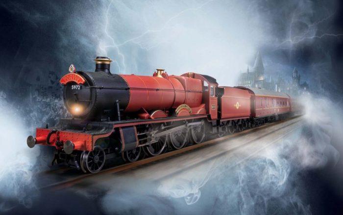 Hornby Hobbies Harry Potter Hogwarts Express