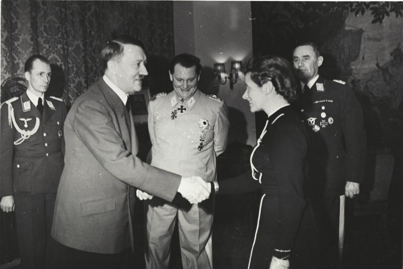 Adolf Hitler awards Hanna Reitsch the Iron Cross 2nd Class in March 1941. Image: German Federal Archive