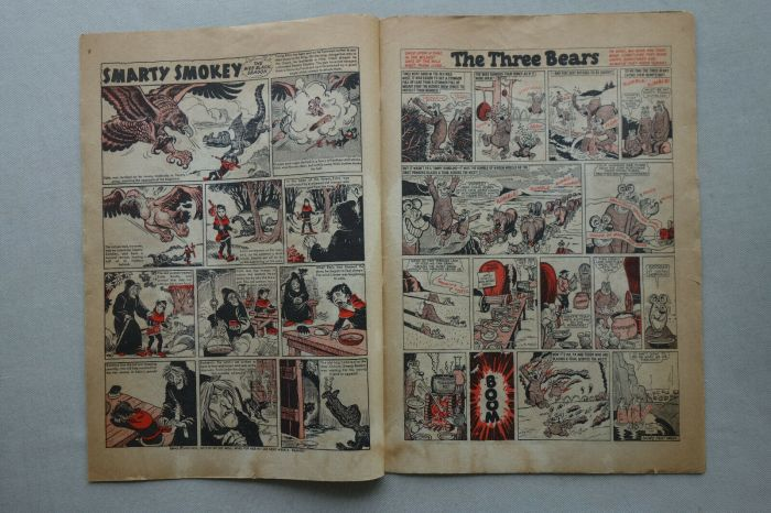 """The Beano 881, cover dated 6th June 1959, features the first appearance of """"The Three Bears"""""""