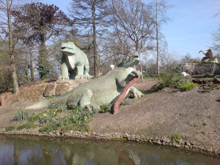 The Crystal Palace Dinosaurs in 2008. Photo: Nick Richards | Creative Commons