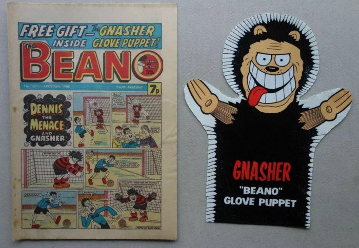 Beano Issue 1971, cover dated 26th April 1980 with Gnasher Glove Puppet Free Gift