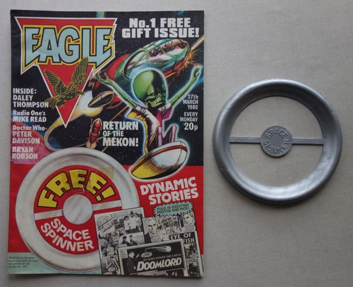 Eagle No. 1 cover dated 27th March 1982, plus free gift