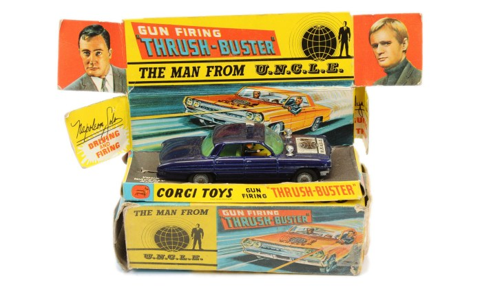 """Corgi 497 """"The Man from UNCLE"""" - Thrushbuster - blue body, plastic lamps, cast hubs"""