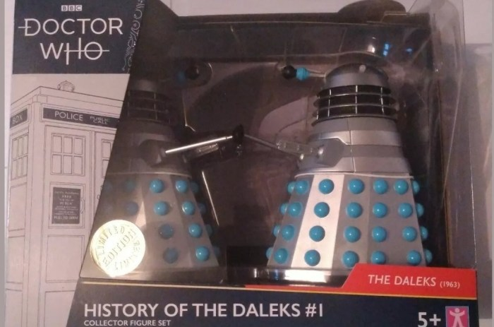 """Doctor Who 5"""" Character Options """"History of the Daleks"""" figure"""