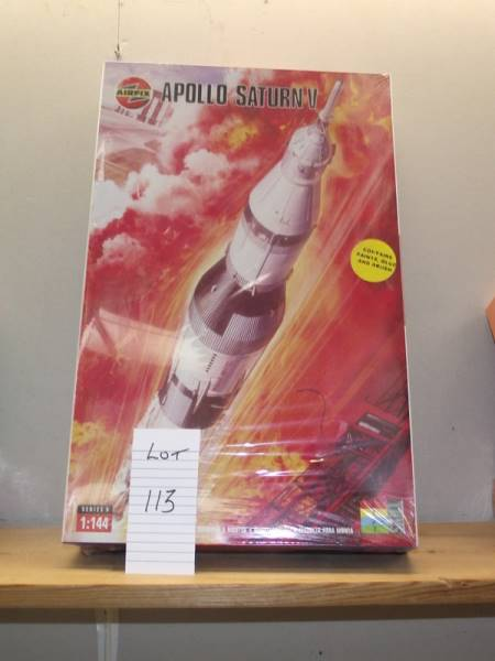Nottingham Hoard 2020 - Apollo Saturn V Rocket Model