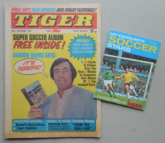 Tiger and Jag, cover dated 16th October 1971, with free gift - a Soccer Booklet
