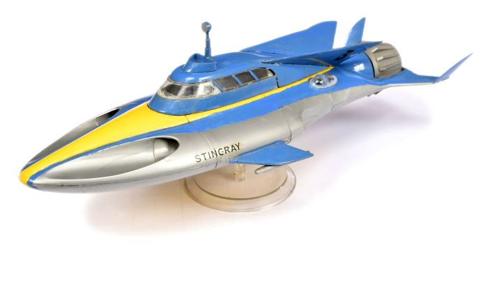 A painted Airfix Gerry Anderson Stingray Lyons Maid Sea Jet plastic kit, only available through Lyons Maid as an ice-cream promotion in 1965. The kit originally sold for 6/- plus the redemption of three Lyons Maid Sea Jet wrappers. Image: Vectis