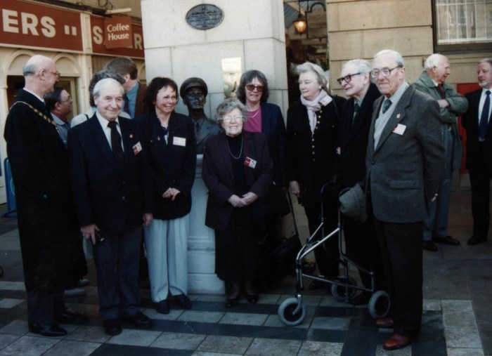 The Dan Dare sculpture unveiling in Southport in 2000. From the left: The Deputy Mayor of Sefton Council, Robert Brennan, Don Harley, Kate, Peter Hampson, Sally, Margaret Jackson (Frank Hampson's sister) Jan, Greta Edwards (nee Tomlinson), Chad Varah and Derek Lord. Photo courtesy David Britton