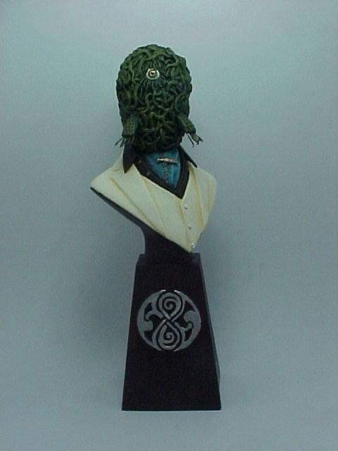 """Doctor Who sculpts by Neil """"Blackbird"""" Sims - Sacroth"""