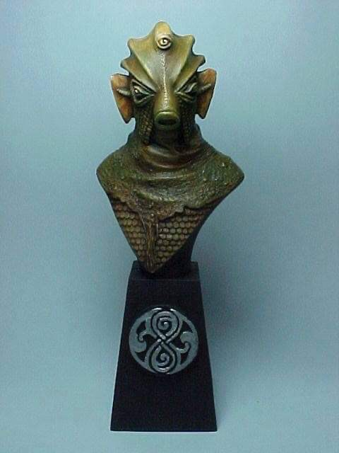 """Doctor Who sculpts by Neil """"Blackbird"""" Sims - Silurian"""