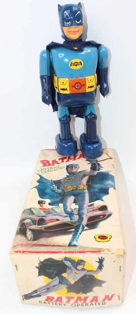 """A very rare boxed T.N Nomura """"Batman"""" battery robot. The battery compartment looks unused, in superb condition with  original colour picture artwork box and complete with its inner packing. Offered by Lacy Scott & Knight, August 2021. Photo: Lacy Scott & Knight"""