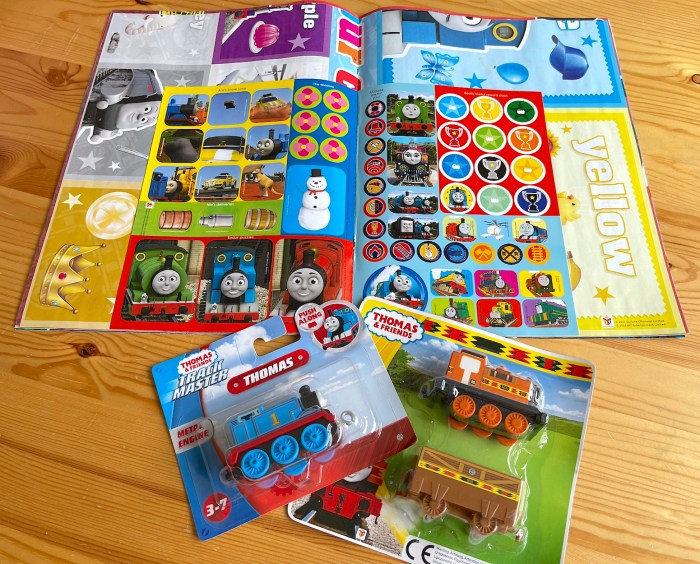 Thomas & Friends No. 800, and gifts