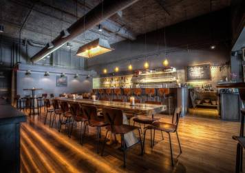 dustin hawthorn wine bar photo