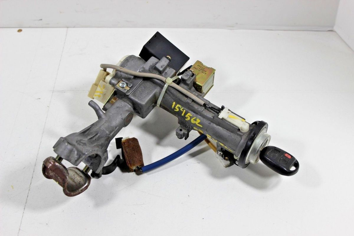 hight resolution of 1999 2000 2001 2002 2003 lexus rx300 ignition lock switch and key