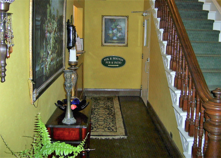 Front foyer at the Inn at the Falls