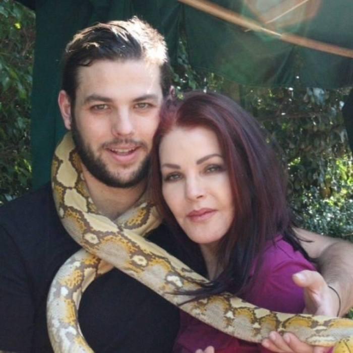 Navarone Garibaldi priscilla presley snake