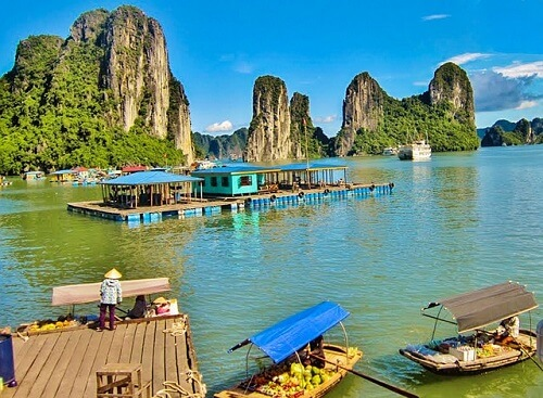 Cua Van Floating Village - Halong Bay, Noord Vietnam