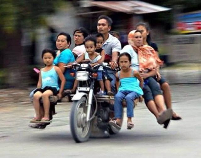 overloaded-motorcycle-9