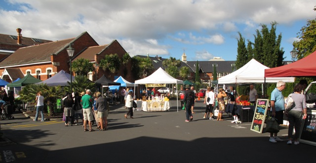 Walks in Auckland Parnell Farmers Market