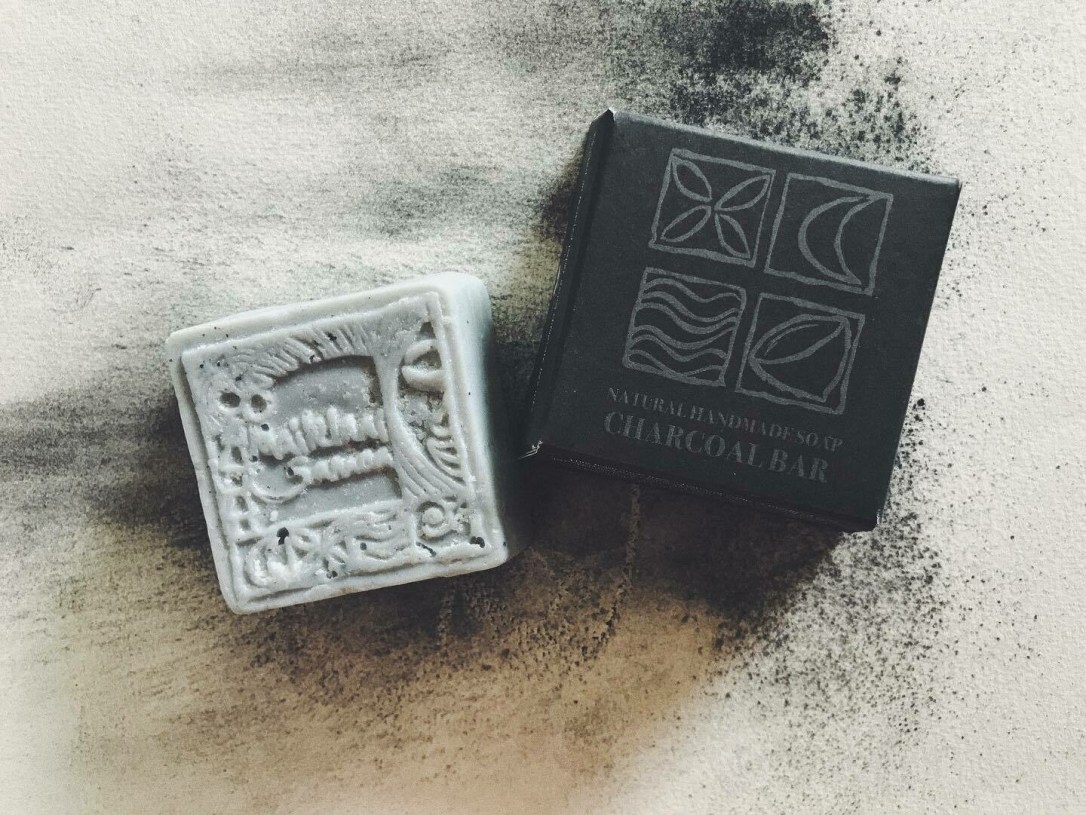 Charcoal Natural Hand Made Soap 110gm / 3.9 oz