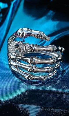 Skull hand Bracelet