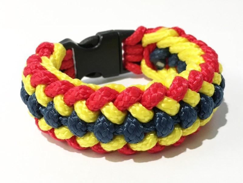 Paracord bracelet Romania flag