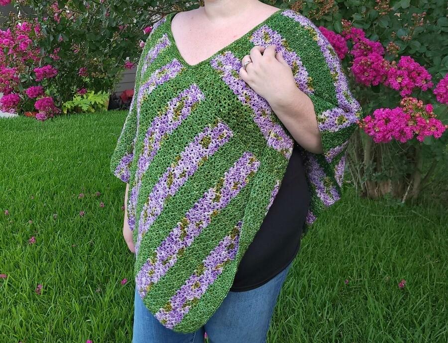 Blooming Flowers Poncho Crochet Pattern