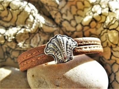 Camino jewellery safe travel bracelet - filigree scallop and cork