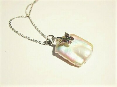 Pearl and butterfly necklace - for change