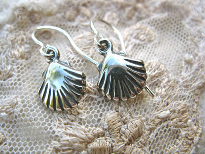 Santiago scallop shell earrings ~ for hope, and safe travels