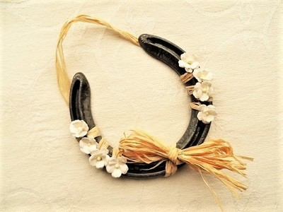 Lucky horseshoe gift ~ rustic look