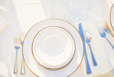 """Plate- 7"""" Ivory with Gold Trim Dinner Plate"""