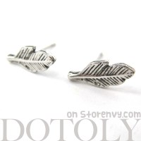 Dotoly Plus | Small Feather Stud Earrings in Silver with ...