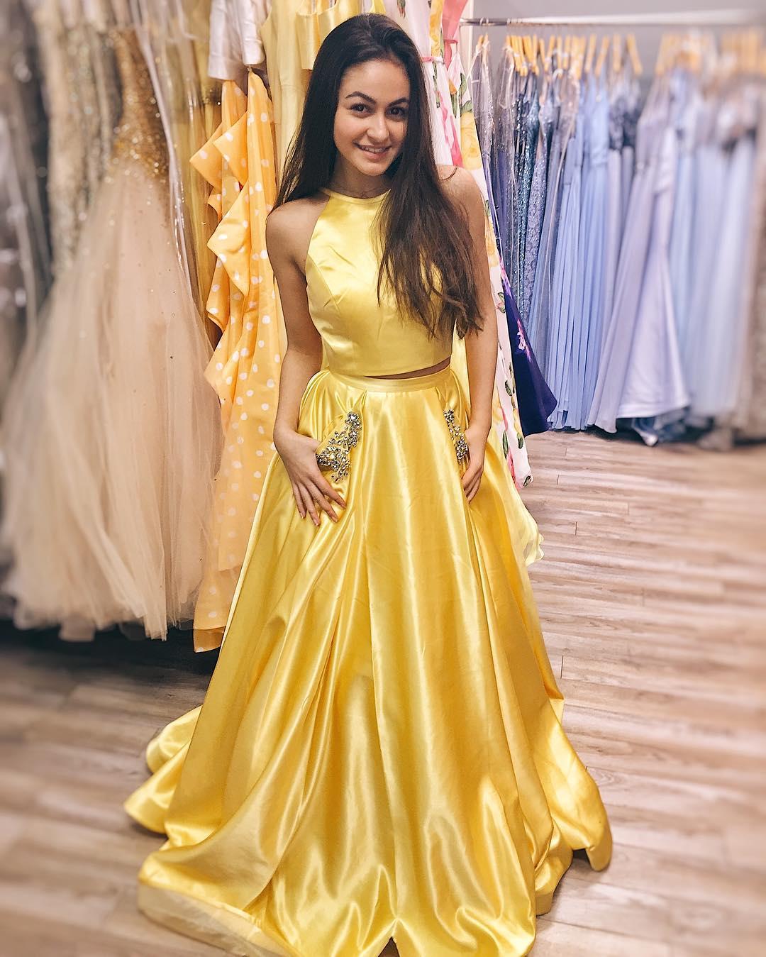 Yellow Dress Everything Everything