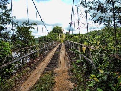The Denham Suspension Bridge at Garraway Stream