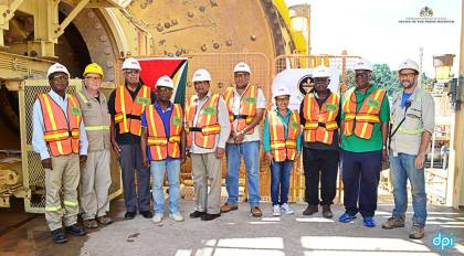 Prime Minister Moses Nagamootoo with Ministers of Natural Resources, Raphael Trotman, Foreign Affairs, Carl Greenidge, Finance, Winston Jordan, Agriculture, Noel Holder, Citizenship, Winston Felix and Minister within the Ministry of Communities, Dawn Hastings-Williams and executives of Guyana Goldfields Inc. Aurora Gold Mine during a visit to the mining company