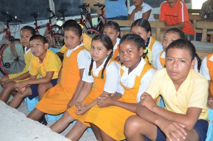 Students of Moca Moca Primary School