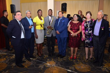 Prime Minister Moses Nagamootoo toasts with Chilean Ambassador to Guyana Claudio Rachel Rojas, and Honorary Consul to Chile, Yesu Persaud