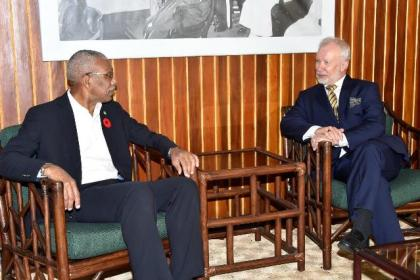 President David Granger and Ambassador of Sweden to Guyana, Mr. Claes Hammar, in discussions, earlier today, at the Ministry of the Presidency