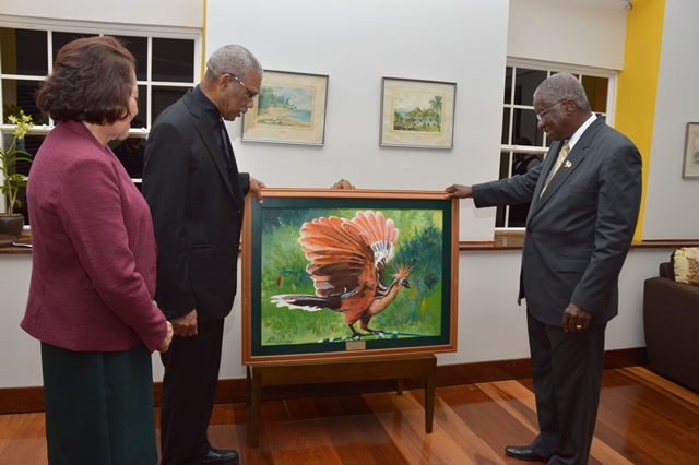 President David Granger also presented to Prime Minister Freundel Stuart a painting done by Guyanese artist Ms. Merlene Ellis for the people of Barbados on the occasion of their 50th Anniversary of Independence.