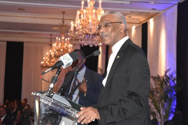 President David Granger speaking at the State Dinner at the British Colonial Hilton Nassau