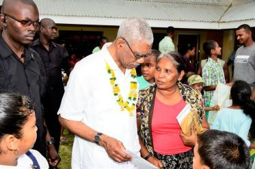 President David Granger used to opportunity to speak one on one with some residents who were eager to have a chance to share their concerns with the Head of State