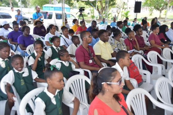 Parents and students at the launch of the MDA 2017 campaign